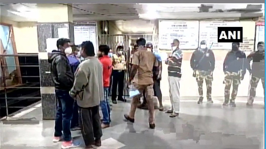 Ấn Độ: Hỏa hoạn tại bệnh viện, 10 trẻ sơ sinh thiệt mạng - Ảnh 2.