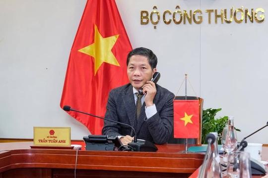 Trưởng Đại diện Thương mại Mỹ nói về việc điều tra chính sách tiền tệ, nhập khẩu gỗ Việt Nam - Ảnh 1.
