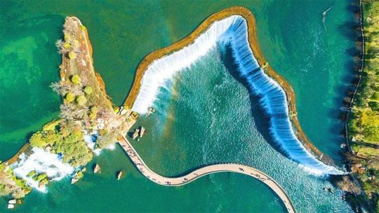 Vẻ đẹp của thác nước nhân tạo lớn nhất châu Á - Ảnh 10.
