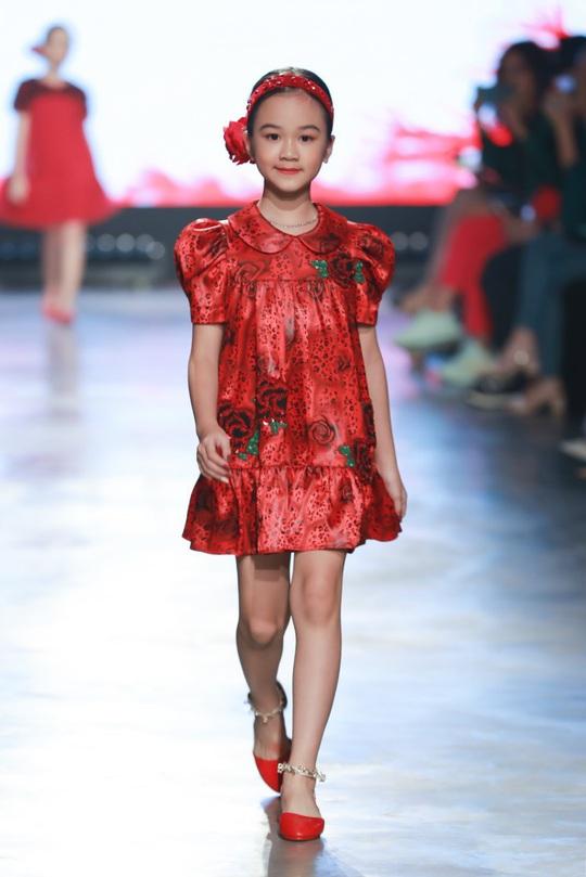 """Sena Minh Anh xuất sắc đoạt giải Quán quân cuộc thi """"Nhà thiết kế tương lai Nhí"""" - Ảnh 4."""