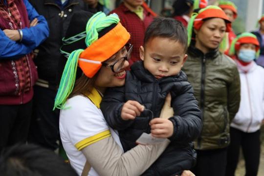 Lần đầu góp sức xây trường học - trải nghiệm khó quên tại Bản Chang - Ảnh 5.