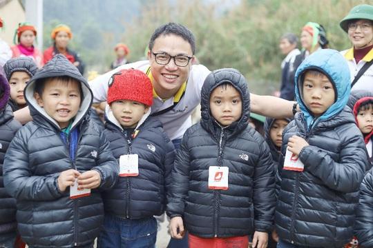 Lần đầu góp sức xây trường học - trải nghiệm khó quên tại Bản Chang - Ảnh 7.
