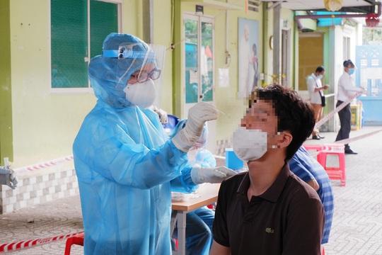 TP HCM: Công bố kết quả xét nghiệm Covid-19 của nhân viên Bệnh viện Mắt - Ảnh 1.