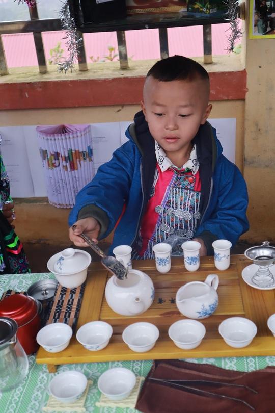 Lớp học STEM của học sinh người Mông - Ảnh 6.
