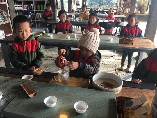 Lớp học STEM của học sinh người Mông - Ảnh 8.
