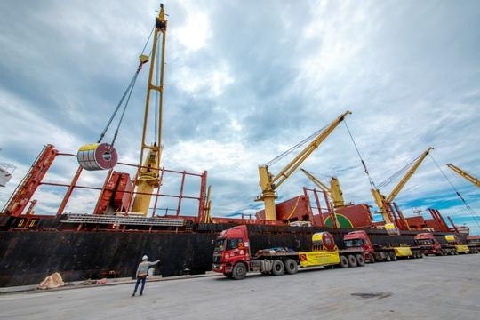 Tập đoàn Hoa Sen nhộn nhịp các hoạt động xuất khẩu xuyên Tết Tân Sửu 2021 - Ảnh 2.