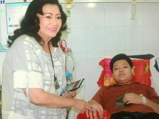 Kỳ nữ Kim Cương khởi động chương trình chăm sóc bệnh nhi ung thư - Ảnh 3.