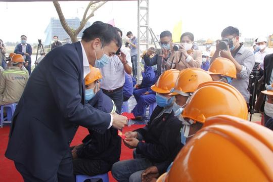 Chủ tịch UBND TP Đà Nẵng thúc tiến độ dự án nạo vét sông Cổ Cò nối Đà Nẵng – Quảng Nam - Ảnh 3.