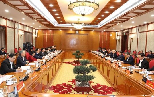 Chùm ảnh: Tổng Bí thư, Chủ tịch nước chủ trì phiên họp Bộ Chính trị, Ban Bí thư khóa XIII - Ảnh 6.