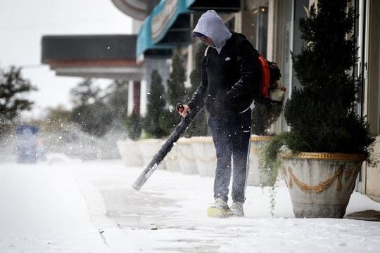 Hồi chuông cảnh tỉnh cho Mỹ sau bão tuyết lịch sử - Ảnh 3.