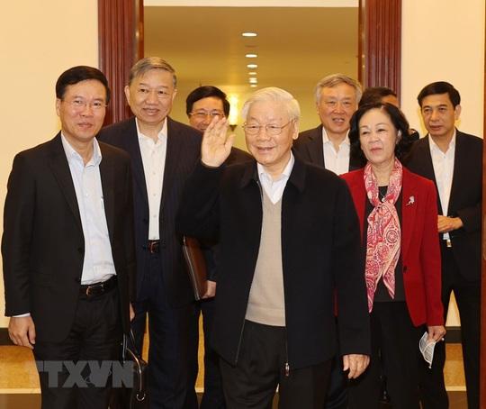 Chùm ảnh: Tổng Bí thư, Chủ tịch nước chủ trì phiên họp Bộ Chính trị, Ban Bí thư khóa XIII - Ảnh 1.
