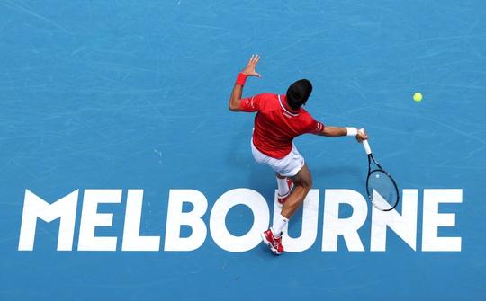 Djokovic thắng trận ra quân ATP Cup 2021 - Ảnh 1.