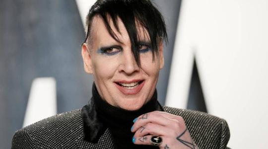 """Rocker """"lập dị"""" Marilyn Manson bịhất cẳng sau cáo buộc bạo hành - Ảnh 1."""