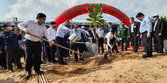 Thủ tướng Nguyễn Xuân Phúc phát động Tết trồng cây tại Phú Yên - Ảnh 6.