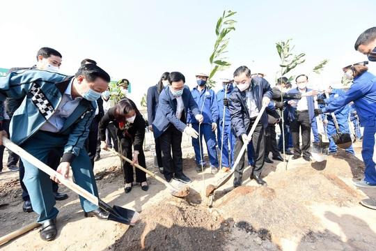 Hà Nội hướng đến mục tiêu trồng 1 tỉ cây xanh - Ảnh 1.