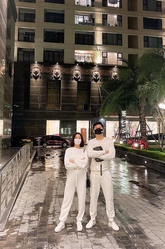 4 chị đẹp showbiz Việt bị soi chuyện cặp kè phi công - Ảnh 9.