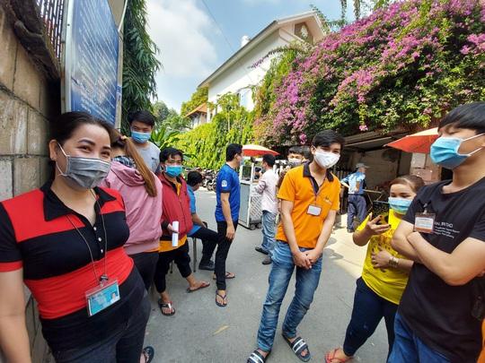 CÔNG TY TNHH ASIA GARMENT: Bị nợ hơn 9 tỉ tiền lương, BHXH, hơn 400 công nhân ngừng việc - Ảnh 2.