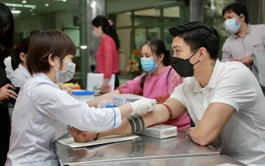 """Đoàn Văn Hậu lần đầu chia sẻ những giọt máu để giúp đỡ những người đang cần"""" - Ảnh 3."""