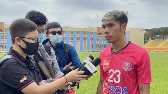 Cao Văn Triền ký hợp đồng trọn đời với Sài Gòn FC trước khi sang Nhật - Ảnh 2.