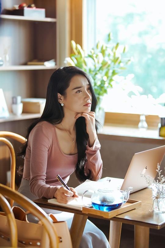 """Đạo diễn """"Cua lại vợ bầu"""" kể mối duyên quy tụ ba mỹ nhân Việt - Ảnh 8."""