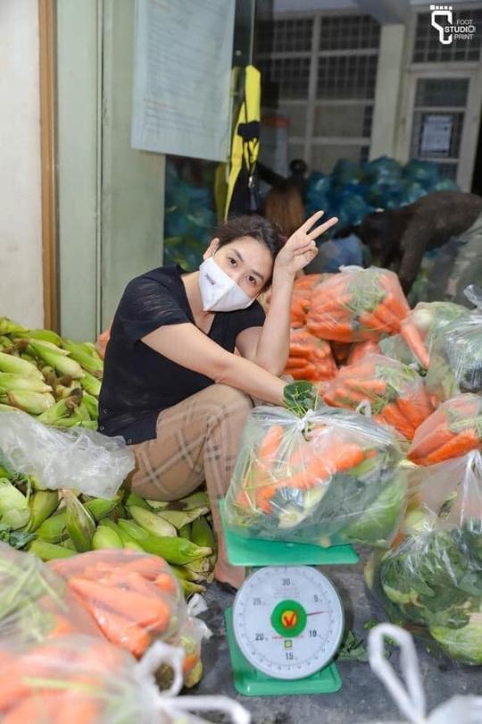 Thêm nhiều nghệ sĩ giải cứu nông sản Hải Dương - Ảnh 4.