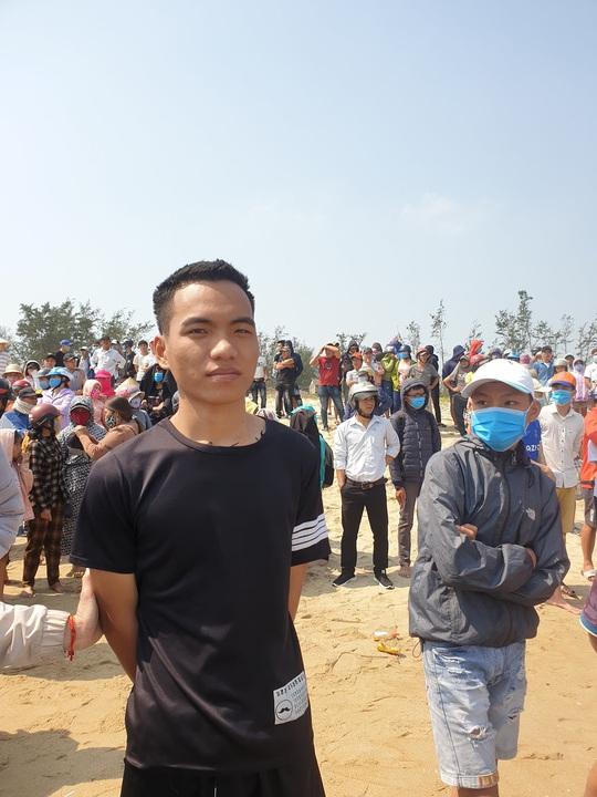 Cứu 3 học sinh đuối nước, chàng trai xứ Quảng được dân mạng làm thơ ngợi ca - Ảnh 1.