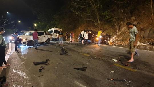 Tai nạn liên hoàn trên đèo Bảo Lộc, nhiều người bị thương - Ảnh 10.