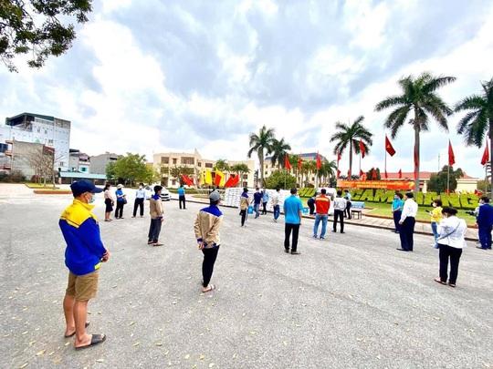 Lập cây ATM gạo hỗ trợ người lao động tại Hải Dương - Ảnh 1.