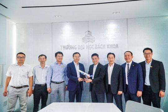 Vietravel Holdings và ĐH Bách Khoa TP HCM tăng cường hợp tác phát triển nguồn nhân lực - Ảnh 4.