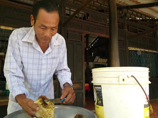Thưởng thức 4 đặc sản ở Cà Mau lọt tốp món ăn, quà tặng ngon nhất Việt Nam - Ảnh 10.