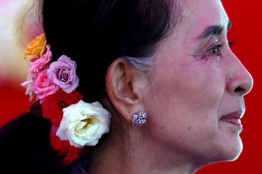 Bà Aung San Suu Kyi dính cáo buộc mới từ cảnh sát Myanmar - Ảnh 1.
