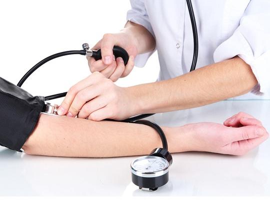Làm sao biết có mắc bệnh cao huyết áp? - Ảnh 1.