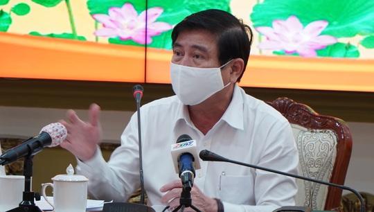 Chủ tịch Nguyễn Thành Phong nói về việc TP HCM không bắn pháo hoa dịp Tết Nguyên đán 2021 - Ảnh 1.