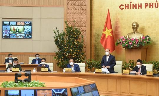 Thủ tướng đồng ý giãn cách xã hội một số khu vực ở TP HCM - Ảnh 9.