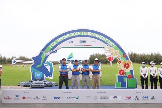 Khai gậy đầu xuân – FCA Spring Golf Tournament 2021 chính thức khởi tranh - Ảnh 1.