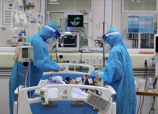 Bệnh nhân Covid-19 siêu nguy kịch đã cai ECMO - Ảnh 1.
