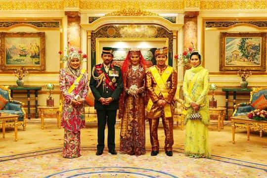 """Đột nhập cung điện hoàng gia giàu nhất thế giới xem khối tài sản """"không tưởng - Ảnh 4."""