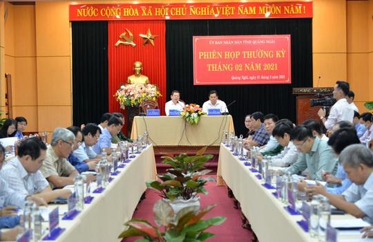 Sau 2 năm âm gần 6.500 tỉ đồng, thu ngân sách ở Quảng Ngãi ấm trở lại - Ảnh 2.