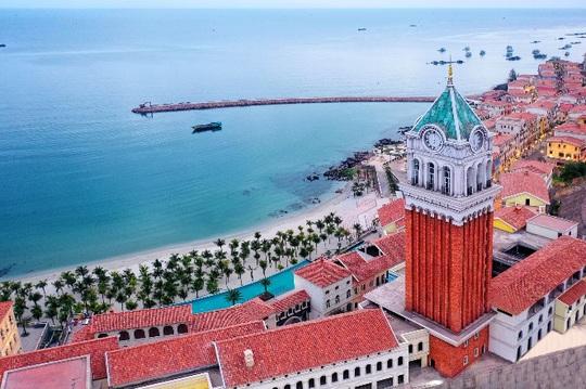 Phú Quốc: Trọn lợi ích tại tâm mạch thị trấn Địa Trung Hải phồn vinh - Ảnh 1.