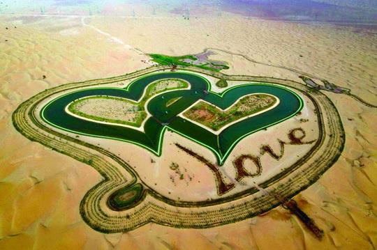 Tìm tình yêu giữa lòng sa mạc. - Ảnh 1.