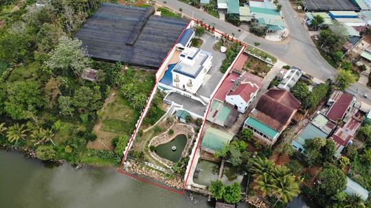 Lâm Đồng: Đình chỉ công tác hàng loạt cán bộ buông lỏng quản lý đất đai - Ảnh 2.