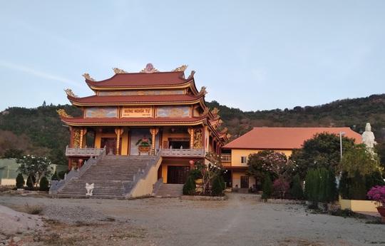 Thần y Võ Hoàng Yên hoạt động ở Bình Thuận như thế nào? - Ảnh 1.