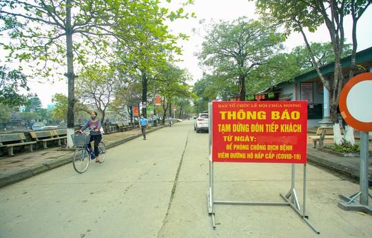 CLIP: Tiết lộ thu nhập của người dân ở chùa Hương khi mùa lễ hội đến - Ảnh 9.