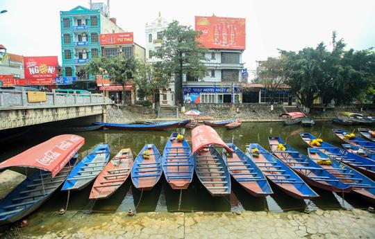 CLIP: Tiết lộ thu nhập của người dân ở chùa Hương khi mùa lễ hội đến - Ảnh 7.