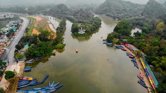 CLIP: Tiết lộ thu nhập của người dân ở chùa Hương khi mùa lễ hội đến - Ảnh 5.