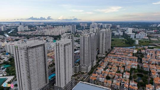Lý do nhà đầu tư chuộng chung cư hơn nhà đất ở TP.HCM - Ảnh 1.