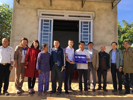 SCB tích cực tham gia các hoạt động nhân đạo, từ thiện - Ảnh 2.