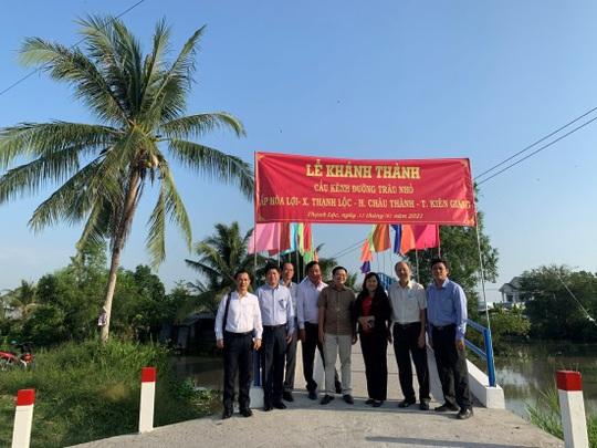 Quỹ Đinh Thiện Lý trao tặng 2 cây cầu ở Kiên Giang - Ảnh 2.