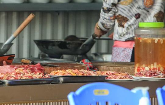 Có hay không chuyện bán thịt thú rừng ở chùa Hương? - Ảnh 9.