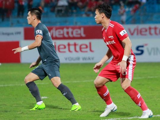 Ngọc Hải trở lại ghi bàn giúp CLB Viettel thắng đậm trước Bình Dương - Ảnh 12.